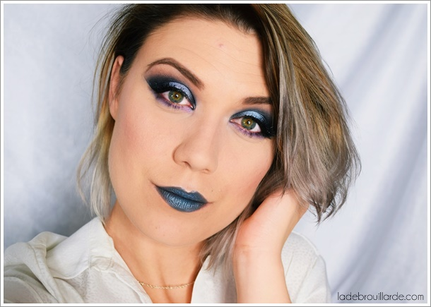 tutoriel-maquillage-smoky-eye-facile-bleu-violet