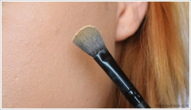 astuce maquillage acné