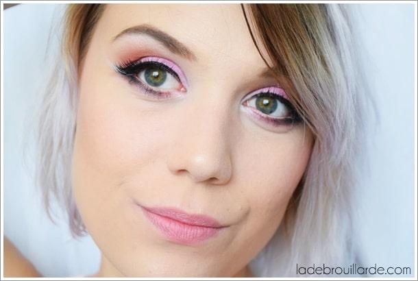 maquillage rose eye liner