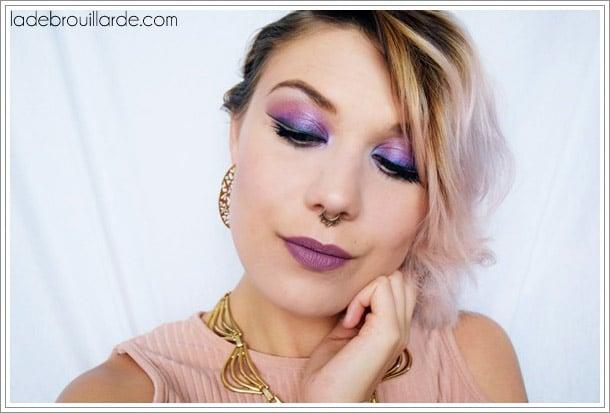 make up purple eye liner