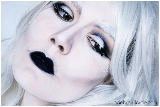 maquillage et costume halloween reine des neiges adulte