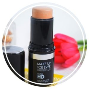 Zoom sur le Fond de teint HD Stick de Make up For Ever – Le Modulable