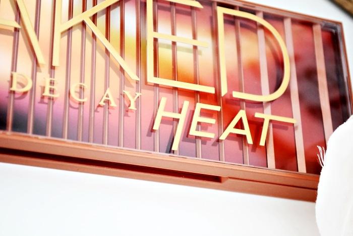 avis naked heat urban decay