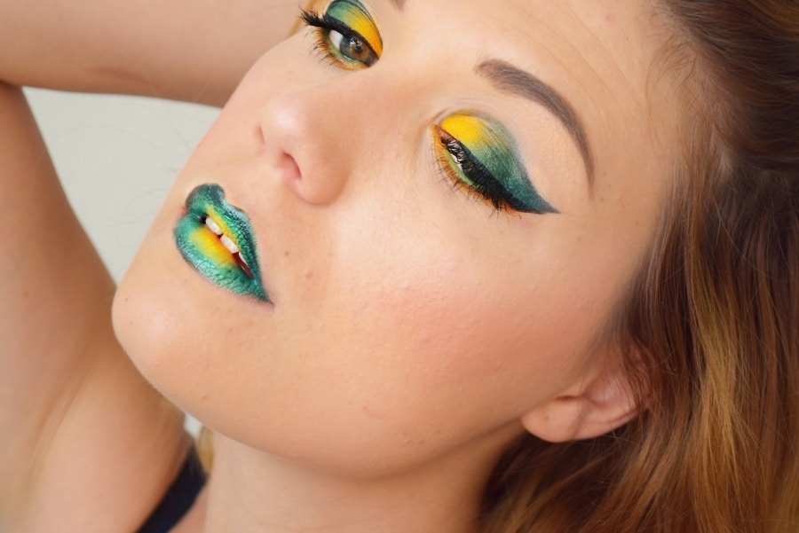 tutoriel maquillage teal