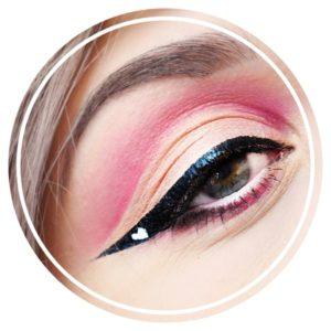 tutoriel maquillage eye liner coeur